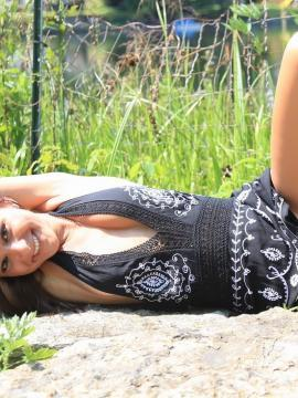 Pictures of teen cutie Annabelle Angel giving you a hot tease outside