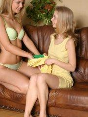 Pictures of teen girl Ashley Lightspeed making out with Erica