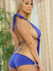 Pictures of Ashlynn Brooke teasing with her hot body