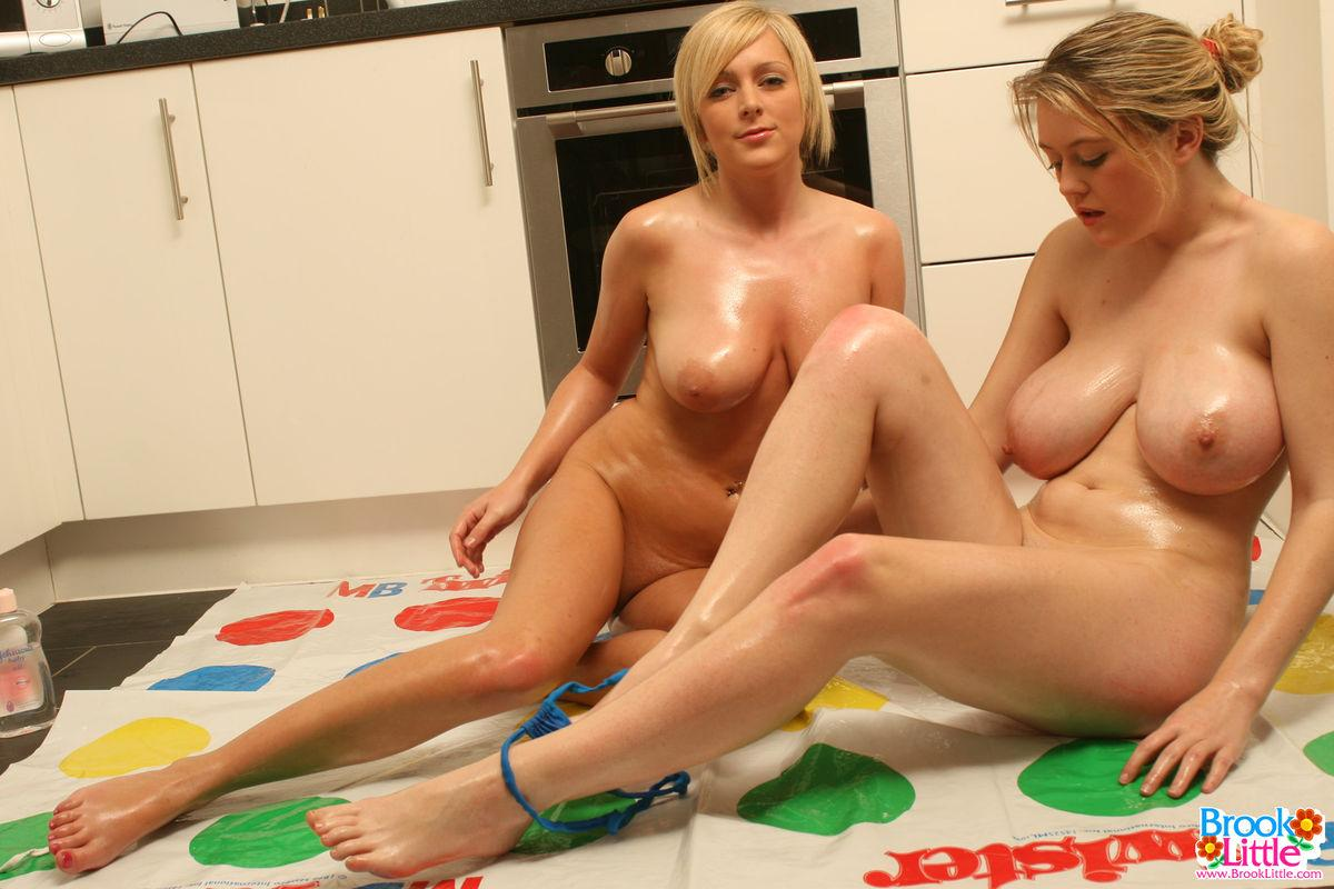 Pictures Of Brook Little And Jessica Cutie Playing Naked -1887