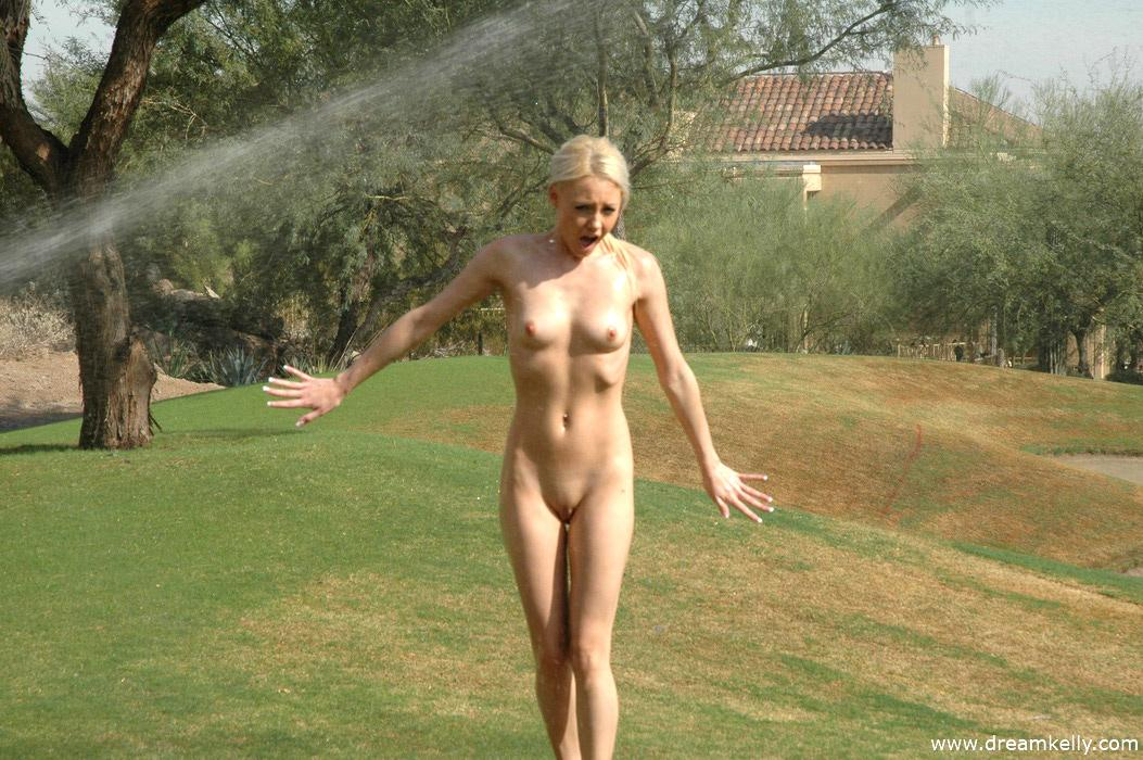 public nude mexican girls