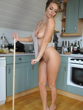 Pictures of Hayley Marie feeling horny while doing her chores