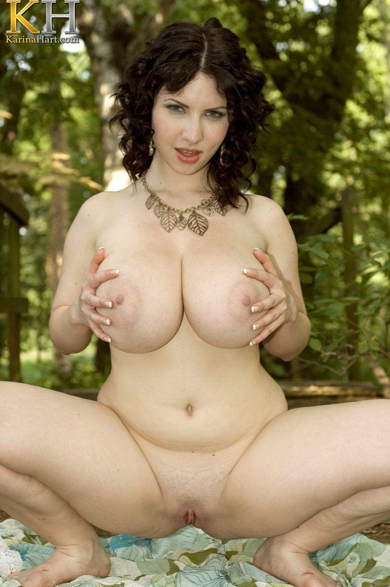 Pictures Of Karina Hart Masturbating In The Woods  Coed -8323