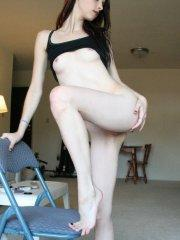 Pictures of Liz Vicious being naked on a chair