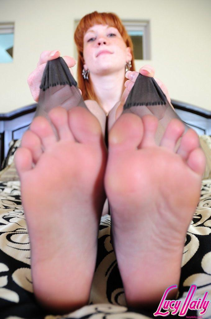 Lucy daily feet, boob jobs in brussels