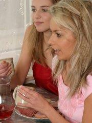 Pictures of teen Mandy Lightspeed having a kinky breakfast with her friends