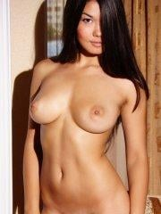 Pictures of Rita H totally naked and horny for you