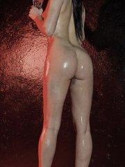 Pictures of Miss Korina Bliss all oiled up for you