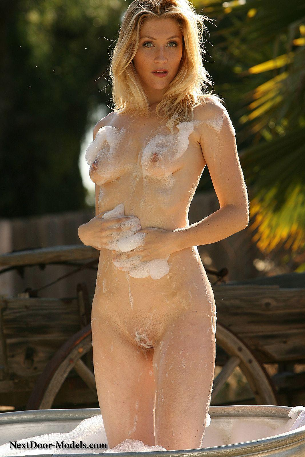 Pictures Of A Hot Blonde Girl Stripping Outside  Coed Cherry-3124