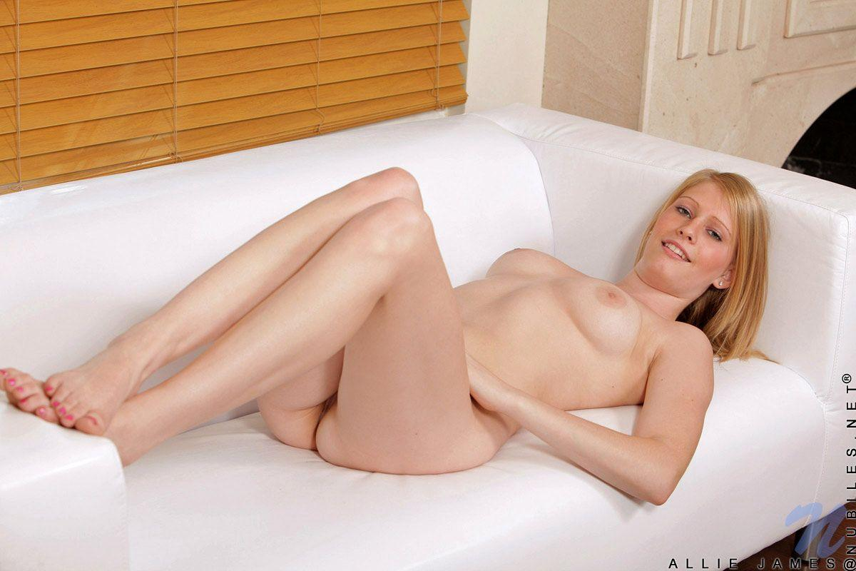 Allie James Nude pictures of allie james playing with her wet pussy | coed cherry