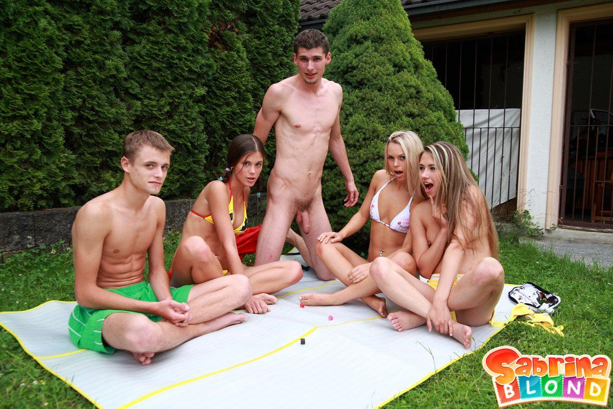 Blonde in a foursome affair gets a severe pumping against her walls 6