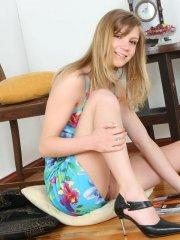 Pictures of teen star Strawberry Sandy showing you up her skirt