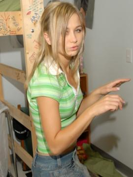 Pictures of Teen Kasia showing you what's up her skirt