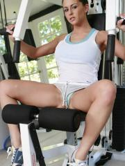 Busty hottie Rachel Roxxx fucks her personal trainer in the gym